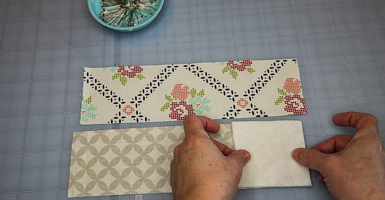 How to Make a Knitting Needle Case 8