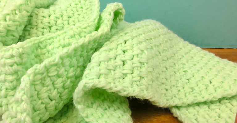 How to Make a Blanket with Yarn