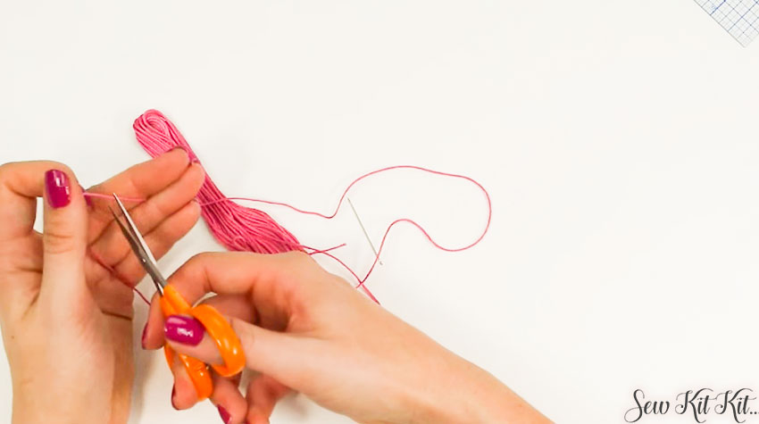 How to Separate an Embroidery Floss 3