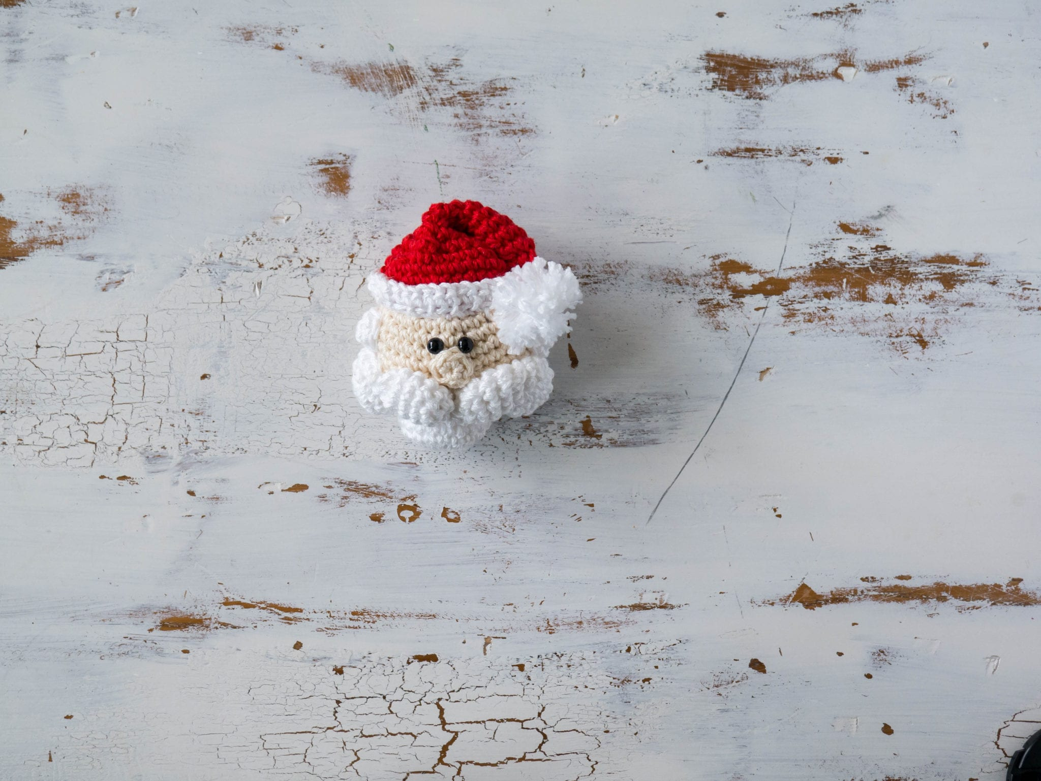 crochet santa claus ornament