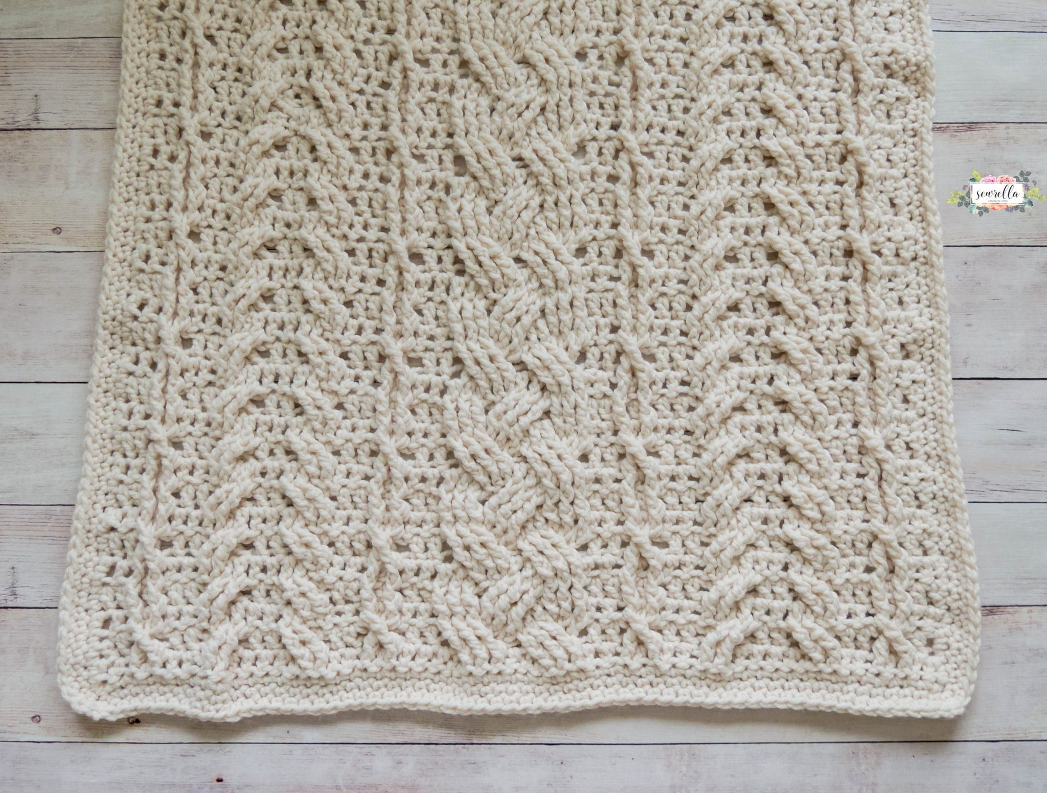 Crochet heirloom cabled throw sewrella pattern dt1010fo