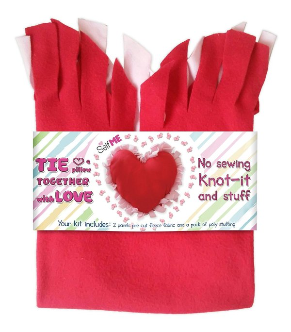 10+ Must Have Valentine's Day Sewing Supplies: If you are sewing for Valentine's day then these supplies are perfect! Click through for a full list of great supplies. | www.sewwhatalicia.com