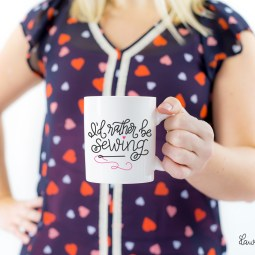 """Hand Lettered """"I'd Rather be Sewing"""" Free Cut File"""