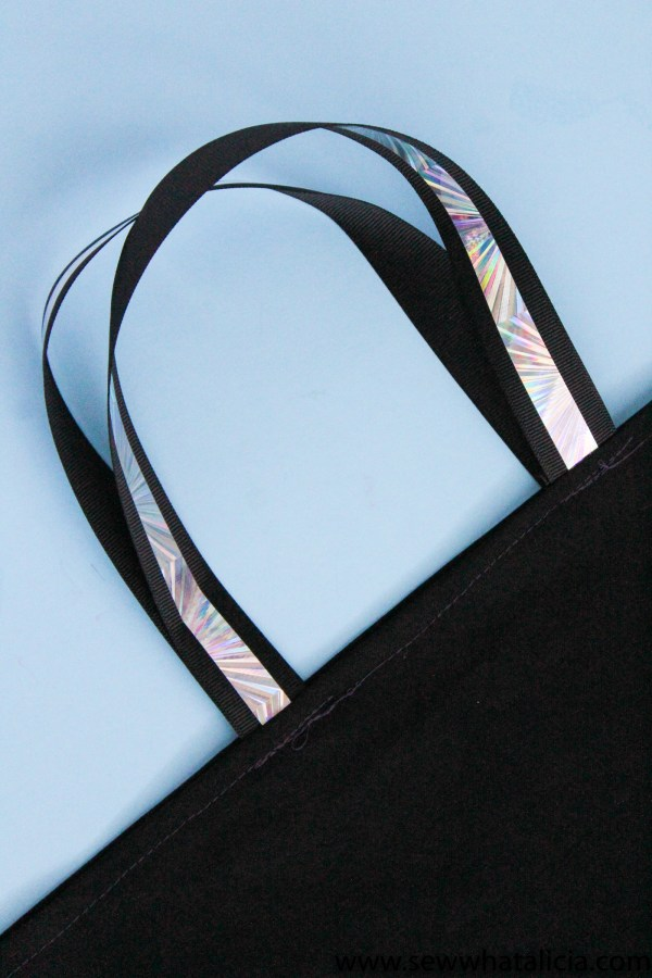How to Sew a Tote Bag (in 10 minutes!)
