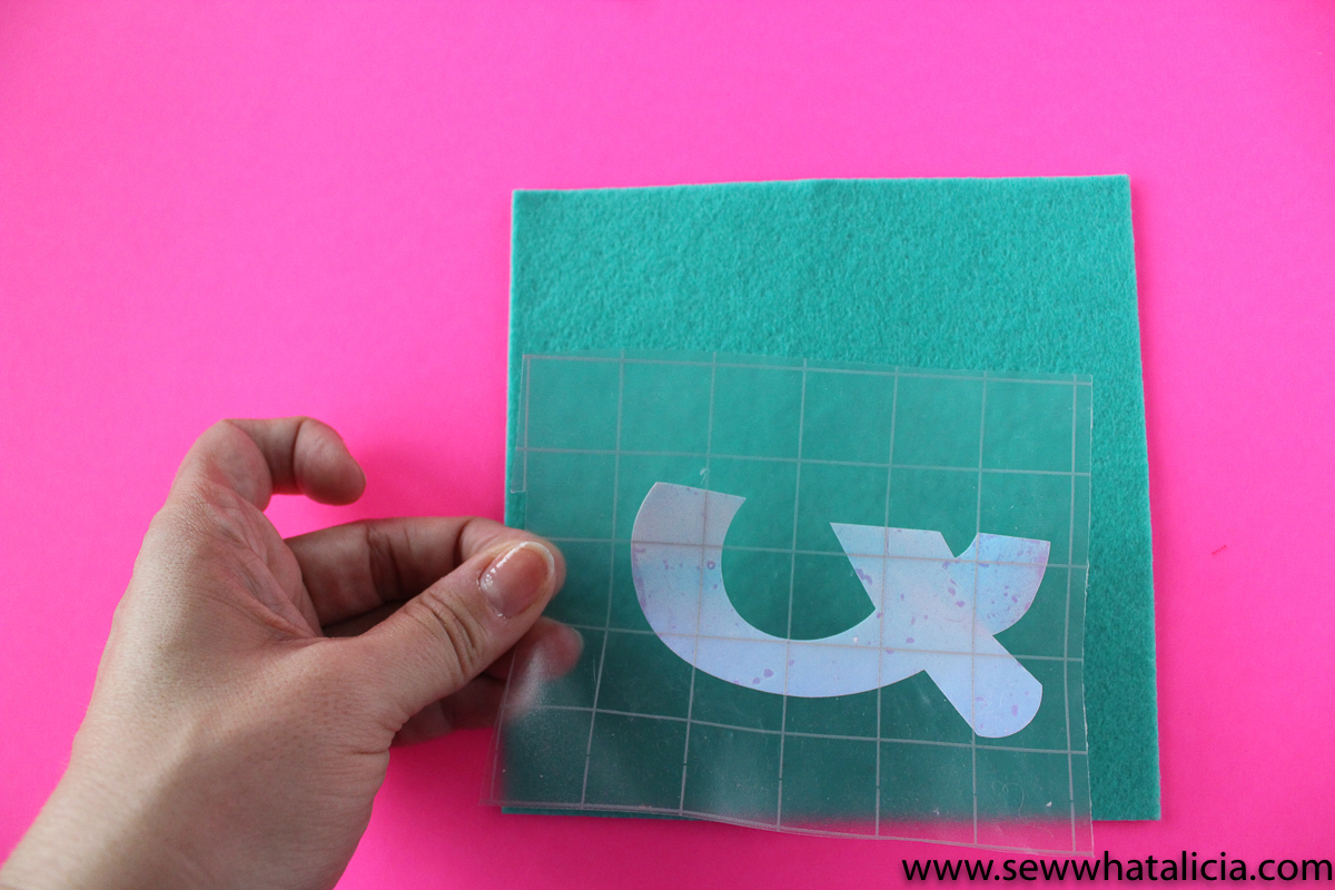 Easy No Sew Ampersand Art Sew What Alicia