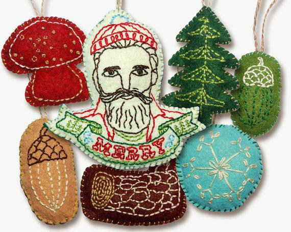Fun felt ornaments to sew sew what alicia