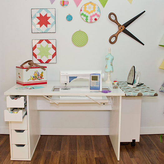 Best Sewing Machine Cabinet: Ginger | www.sewwhatalicia.com