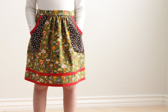 Skirt Sewing Patterns for Women and Girls: Gathered Skirt with pockets. | www.sewwhatalicia.com