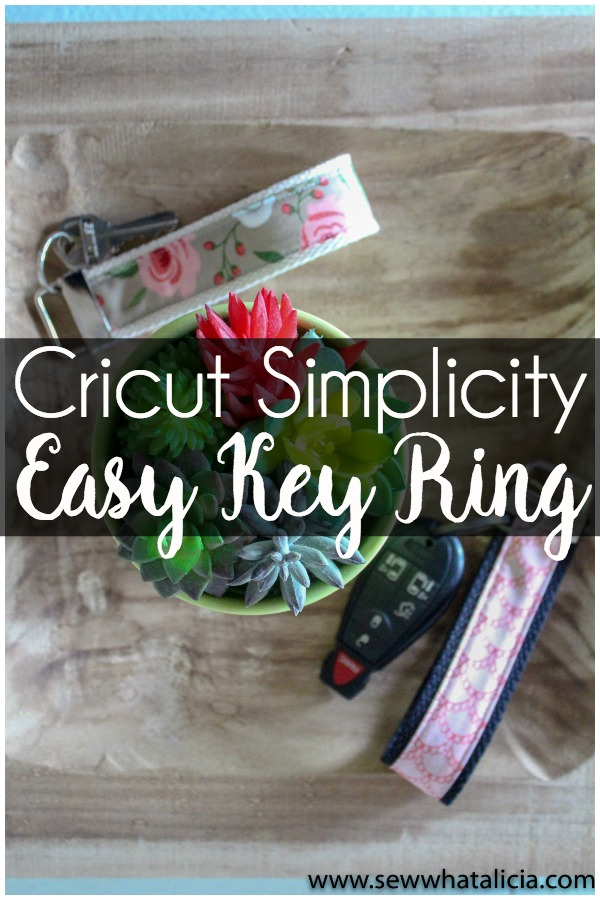 Cricut Simplicity Key Ring Tips and Tricks: Grab all the tips and tricks for this quick and easy project. It is perfect to make as a gift. Click through for tons of great tips and tricks. | www.sewwhatalicia.com