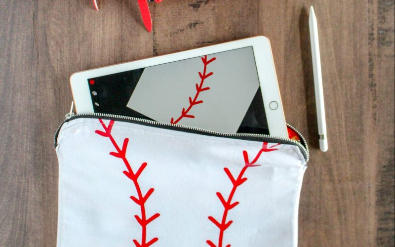 Metal Zipper Pouch Tutorial – Baseball Tablet Case