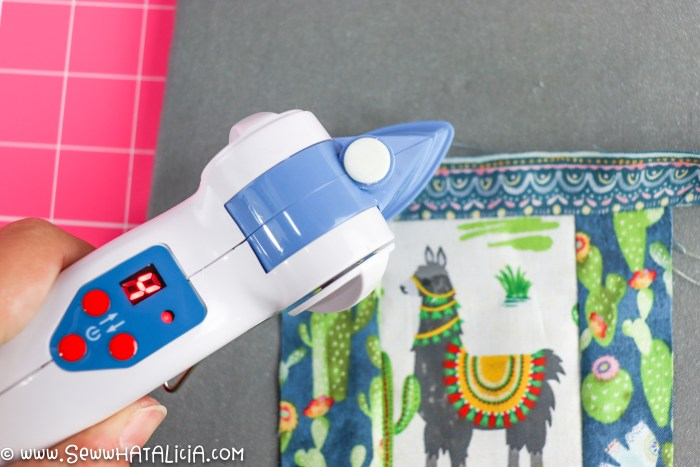 pictured dritz mini iron and fabric