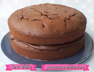 Sew White Chocolate & Peanut Butter Cake 6