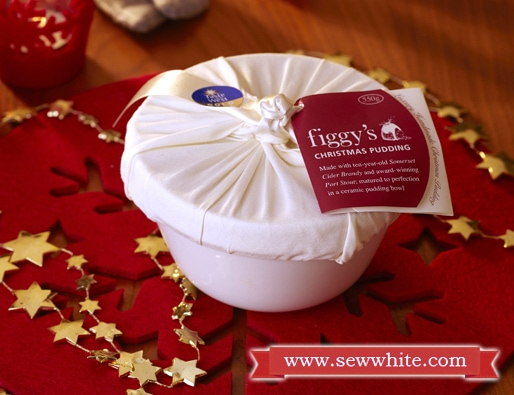 Sew White Christmas 2014 food and drink 5 Figgys Chistmas pud