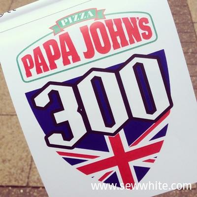SewWhite Papa Johns 300 Wimbledon1