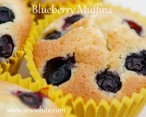Sew White blueberry muffins 2