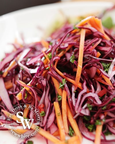 red cabbage, red onion and carrot easy slaw
