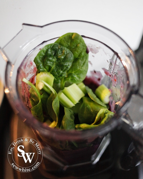 cellerary, spinach in a blender