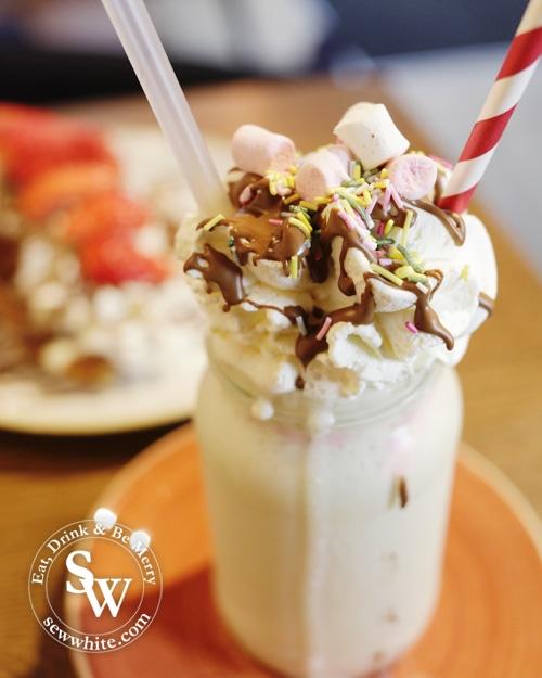 wafflemeister freak shake
