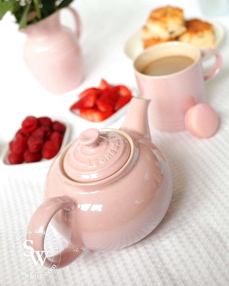 The best thing for afternoon tea has to be a proper pot of tea. The galce collection from Le Creuset includes this beautiful chiffon pink teapot.