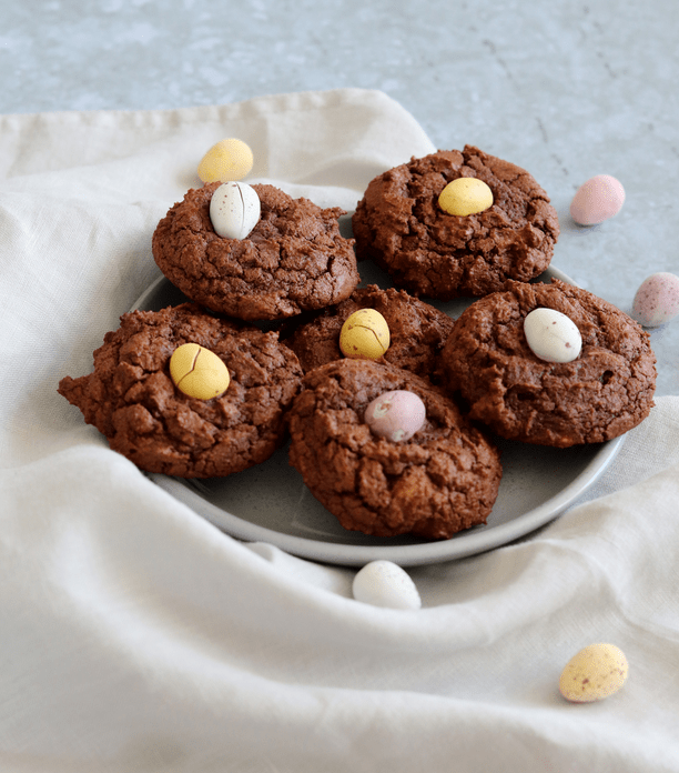 Curlys Cooking has created these deliciously decadent cookies crammed with mini egg