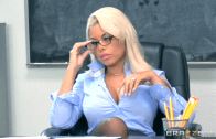 BRIDGETTE B BIG TITS AT SCHOOL – BRAZZERS