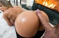 BigWetButts – Cali Carter – Fireside Fap
