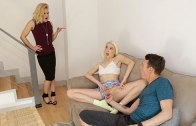 Step Siblings Caught – Chloe Couture – Caught By Mom