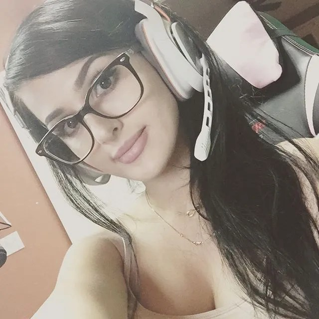 sssniperwolf (71)