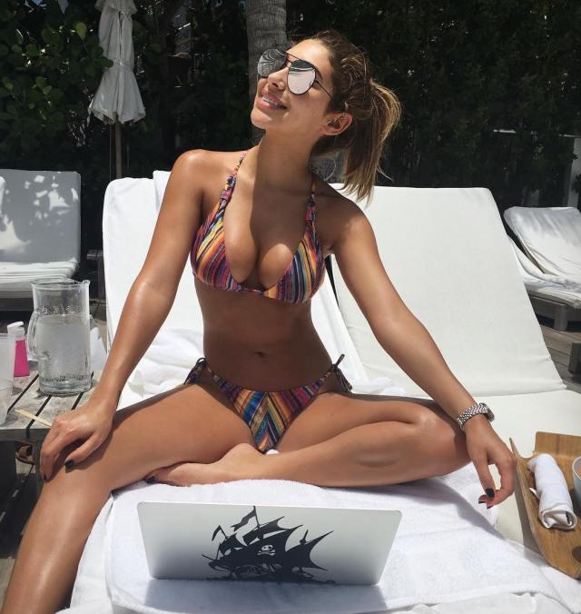 chantel-bikini-22