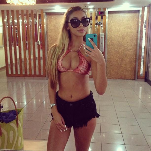 chantel-bikini-31