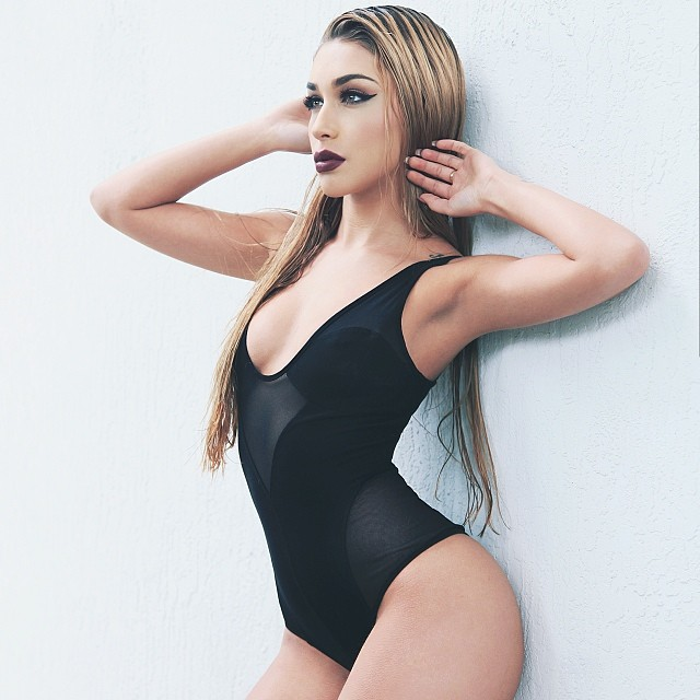 chantel-bikini-34