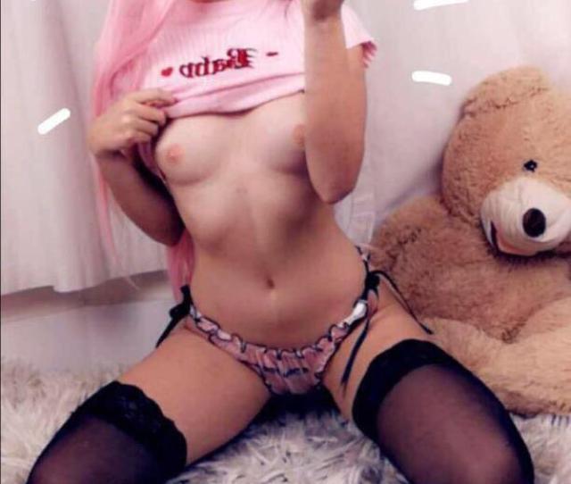 Bella Delphine Nude And Sexy