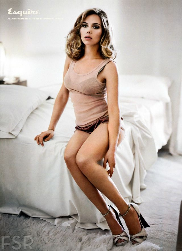 Johansson sexy scarlett Scarlett Johansson:
