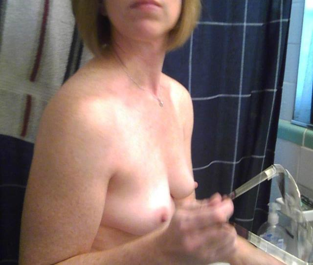 Tit Flash Very Small Tits Topless Addie From United States