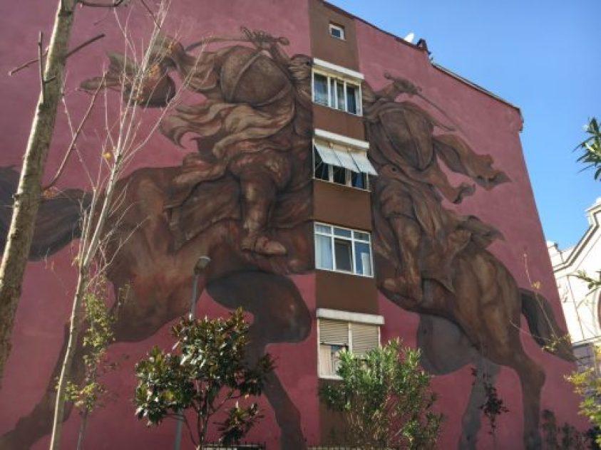 Brezilyalı sanatçı Jaz'ın One Against One isimli muralı İskele sokakta sizleri bekliyor