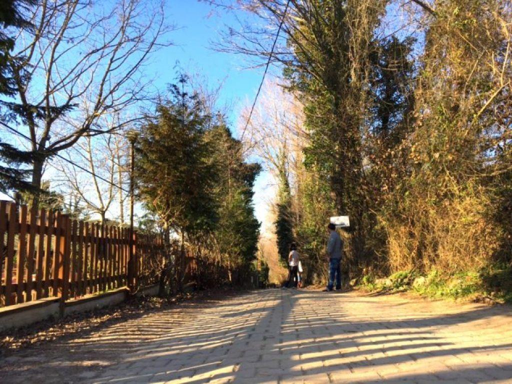 Polonezköy Anadolu yakasında Beykoz ilçesinin sınırları içerisinde yer alıyor