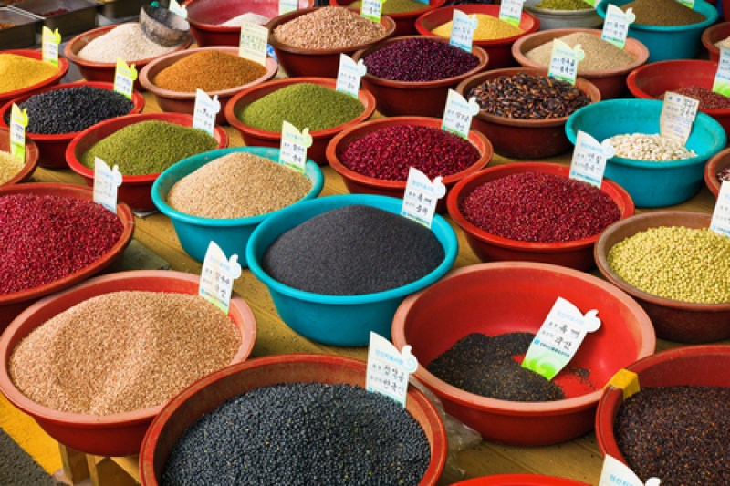 south-korean-market-spices