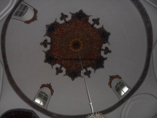 Gazi Orhan Cami Tavan Süslemeleri