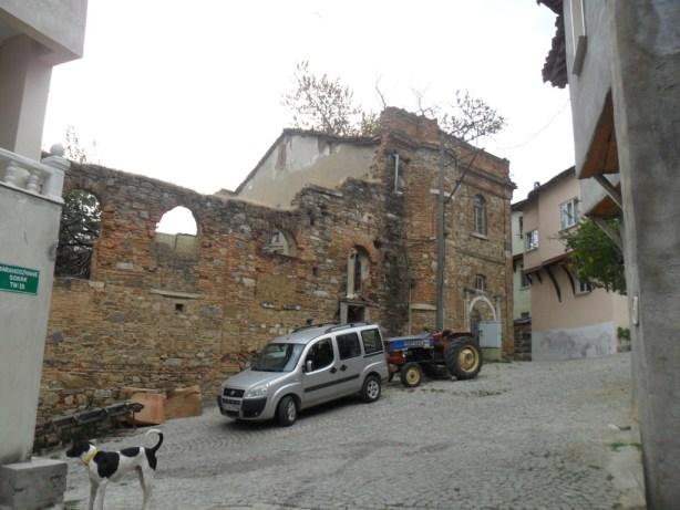 Dündar Evi Kilisesi Yandan