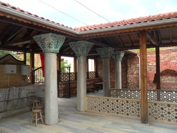 Fatih Cami Sütunları