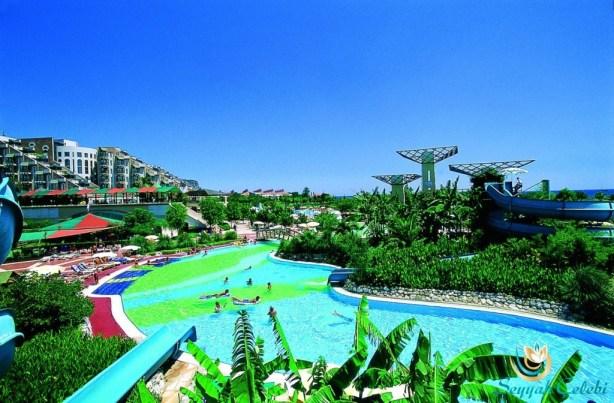 Limra-Resort-Hotel-Havuz