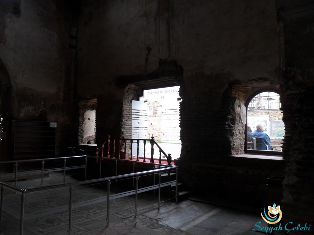 İznik Ayasofya Orhan Camii Giriş Kapısı İçerden