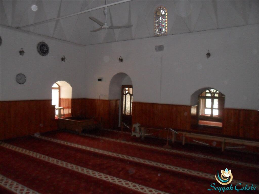 Hacı Özbek Cami İç Kısım