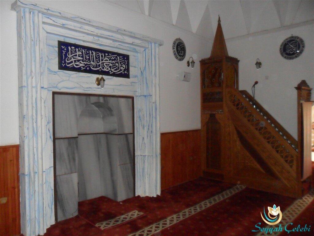Hacı Özbek Cami Mihrap