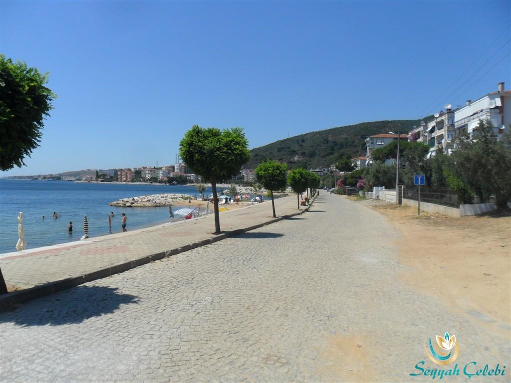 Armutlu Plaj Yolu