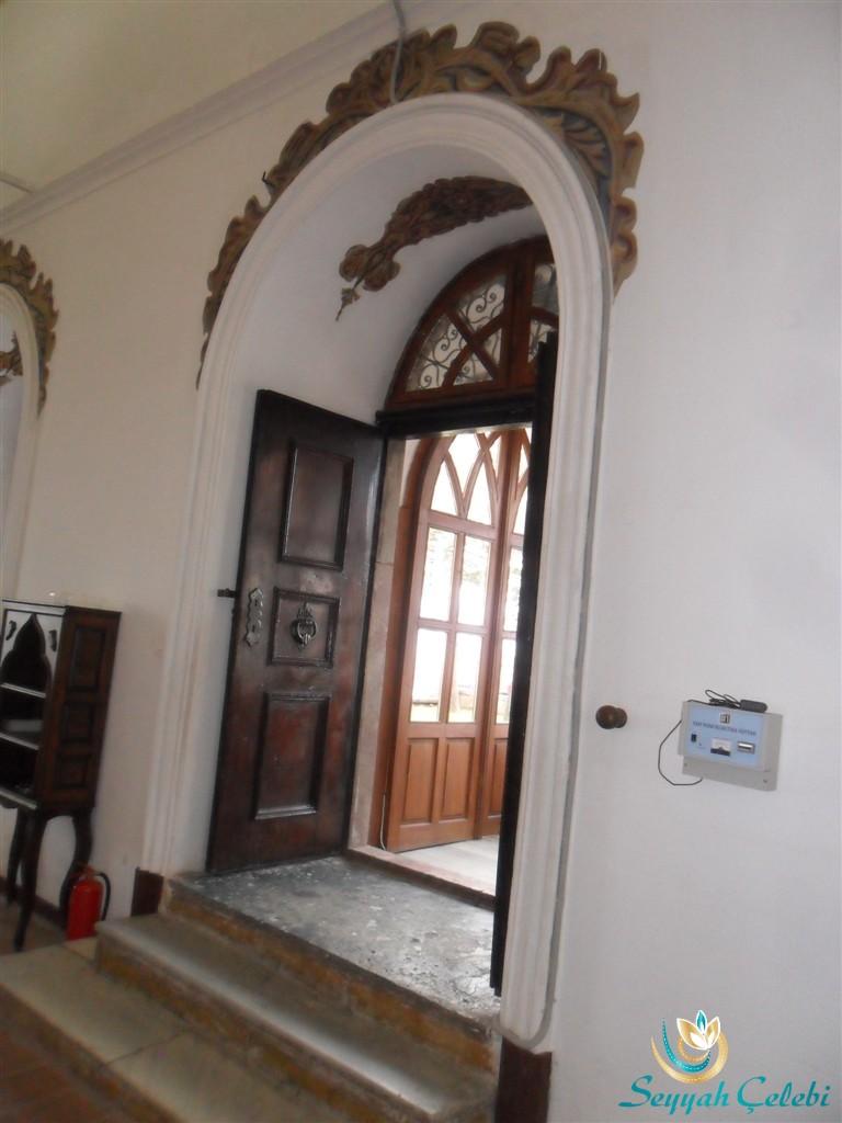Sultan I.Murad Türbesi İç Kapısı