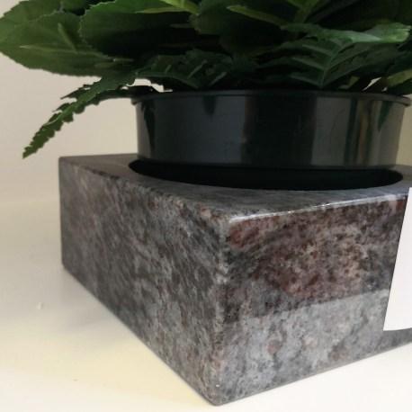 CALE-POT en granit