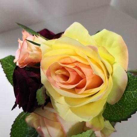 Bouquet de 5 roses en tissus