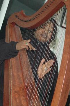 Destiny Muhammad, harpist from the hood