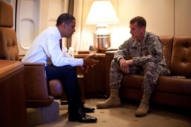 President Obama and Gen. McCrystal discuss U.S. policy in Afghanistan on Air Force One Oct. 2. – Photo: beagleone, Free Republic
